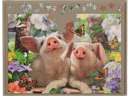 Jigsaw board - enjoyable puzzle making