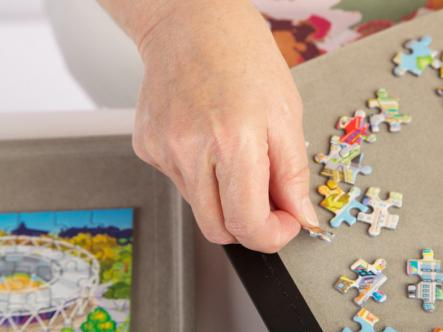 Jigsaw puzzle holder - separate sort trays
