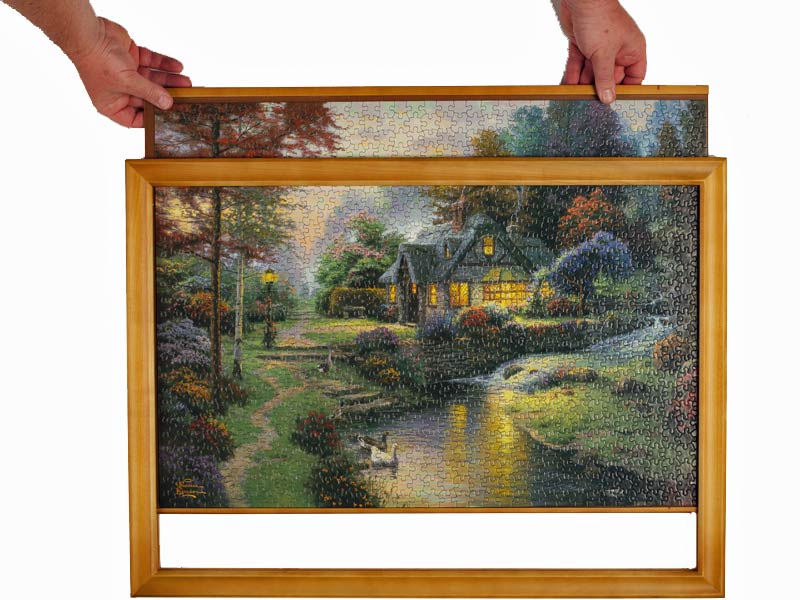 Jigsaw puzzle frame - easy to change puzzles