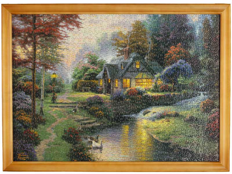 Jigsaw puzzle frame - hangs like a picture